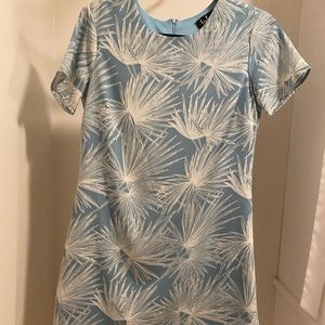 Beautiful summer dress worn one time only.